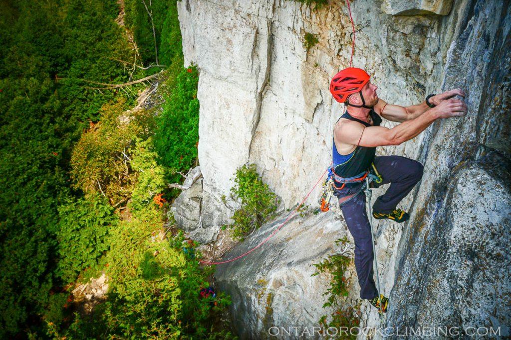 ontario-climbing-photographer-1460874