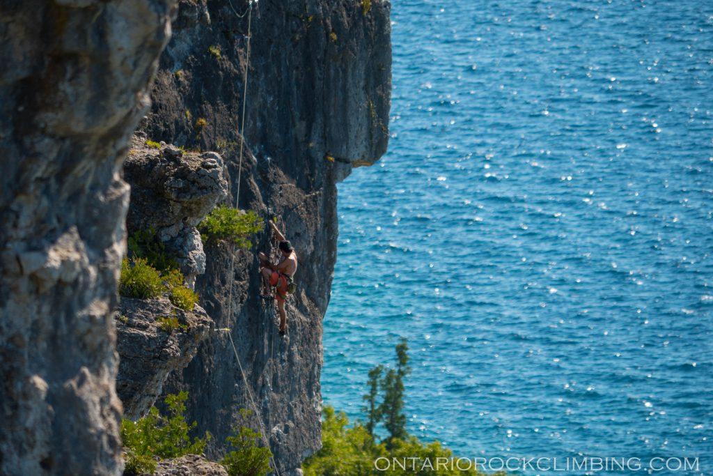 ontario-climbing-photographer-1740754